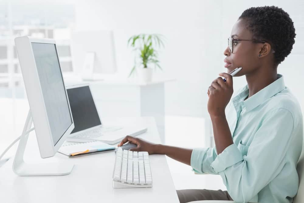 Woman-on-Computer-SEP-IRA