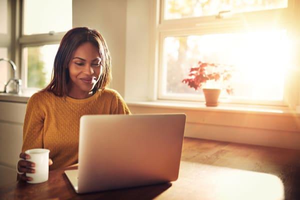 Woman-Looking-at-Laptop-Roth-IRA